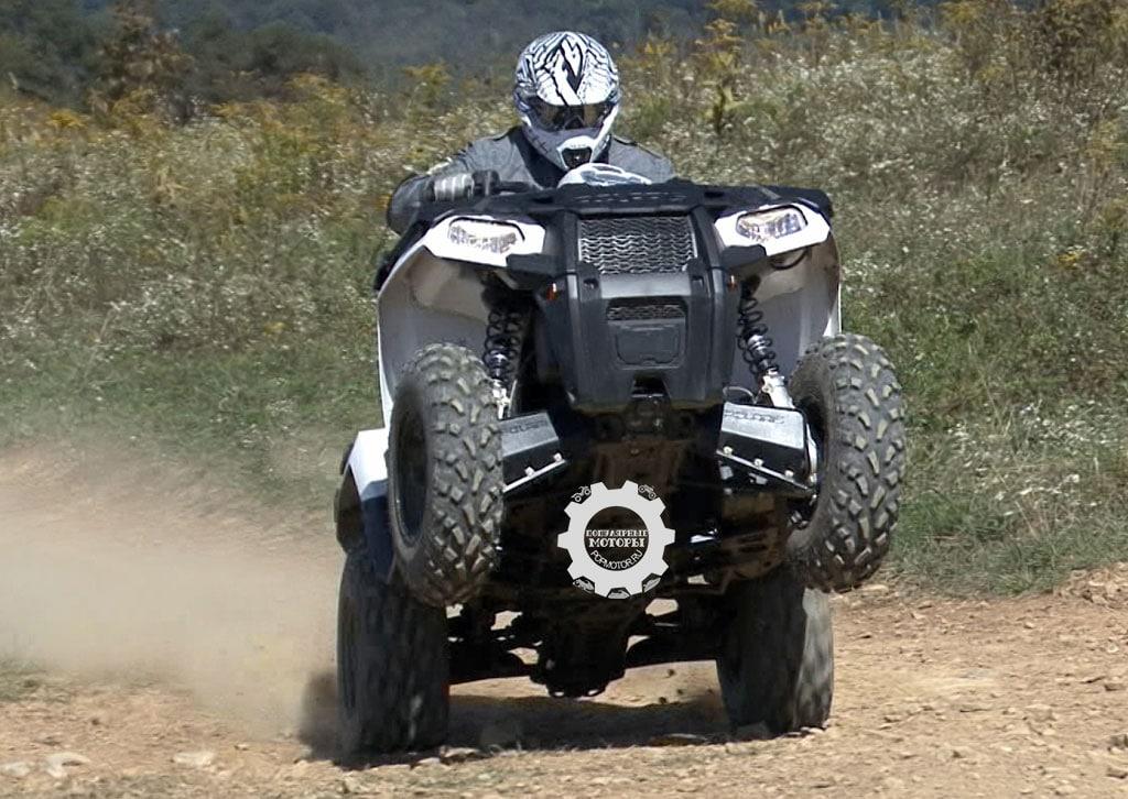 Немного телодвижений и резкое нажатие курка газа, и Sportsman 570 покажет, на что он способен.